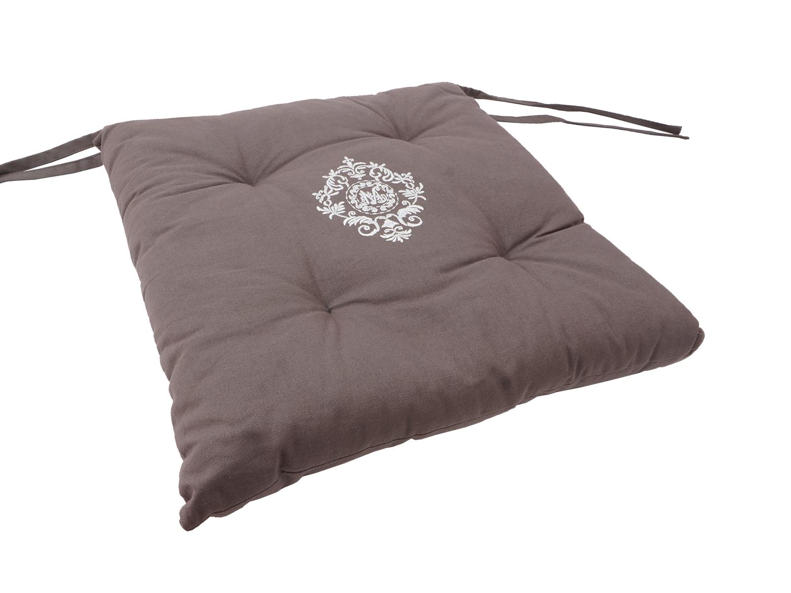 Подушка на стул  MelineПодушки для стульев<br>Подушка для стула с классическим французским дизайном Производство: Франция.<br>