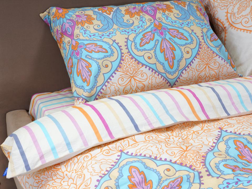 Комплект постельного бельяПостельное белье<br>Полутороспальный комплект. Коллекция разработана английской дизайнерской студией.<br>