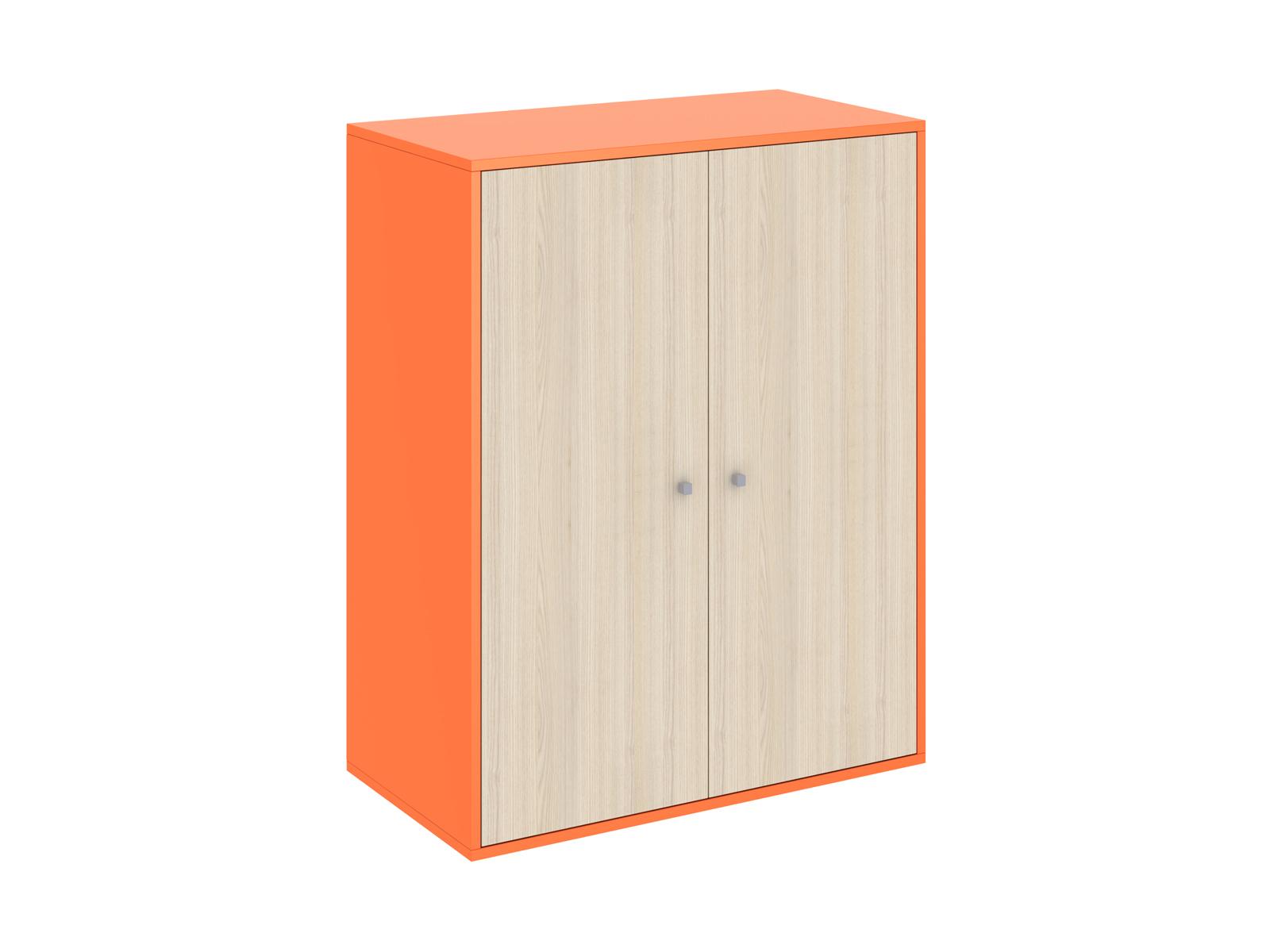 Шкаф PinokkioШкафы<br>Низкий шкаф устанавливается в нижнем ярусе кровати-чердака.  Шкаф имеет два отделения:  Одно отделение с полками и штангой для одежды.  Второе - с полками.<br>